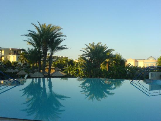 Atrium Palace Thalasso Spa Resort & Villas: pool