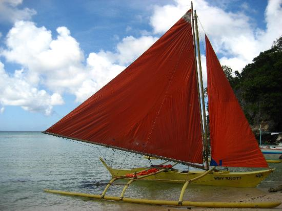 Boracay, Philippinen: Paraw (native sailboat)