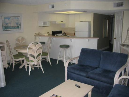 Beach House Suites By The Don Cesar Dining Room And Kitchen Area