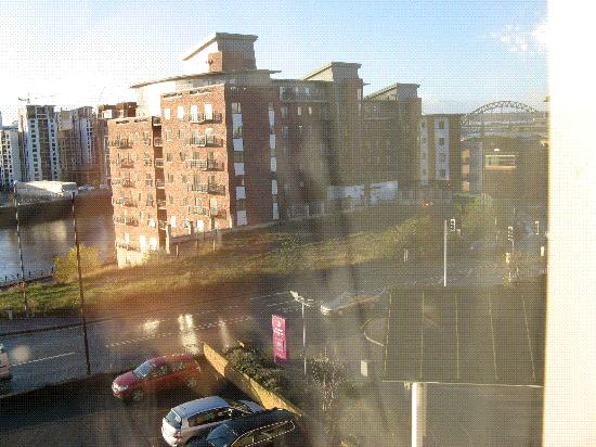 Premier Inn Newcastle City Centre (New Bridge Street) Hotel: View of Tyne Bridge from room