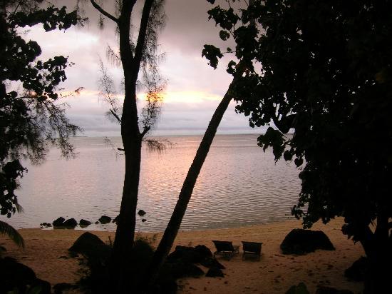 Pacific Resort Aitutaki: View from deck of suite