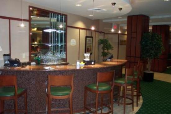 Courtyard Columbia: Lobby Lounge and Bar