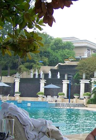 Guo Bin Garden Hotel: swimming pool again