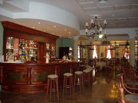 Iberostar Grand Hotel Trinidad: Bar & Restaurant