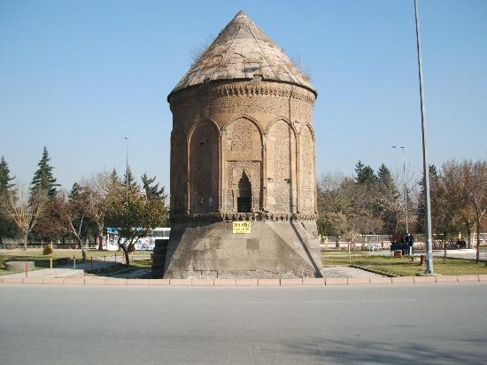 ‪‪Kayseri‬, تركيا: Tomb in Kayseri‬