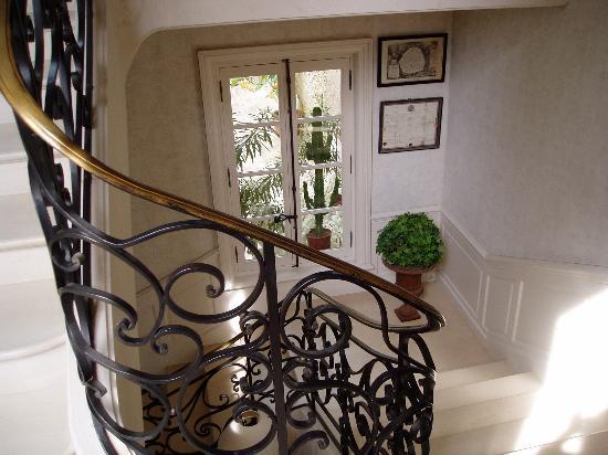 Domaine des Bidaudieres : staircase
