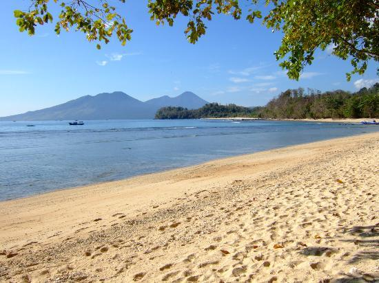 Pulisan Jungle Beach Resort: Now this the view they use to advertise Indoneseia