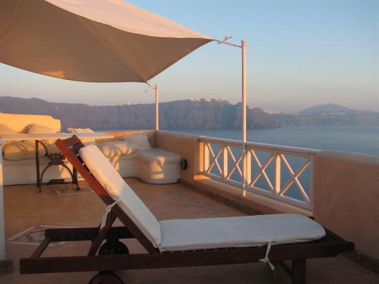 Art Maisons Luxury Santorini Hotels Aspaki & Oia Castle: View from Endless Blue balcony - Imerovigli, Firostefani & Fira