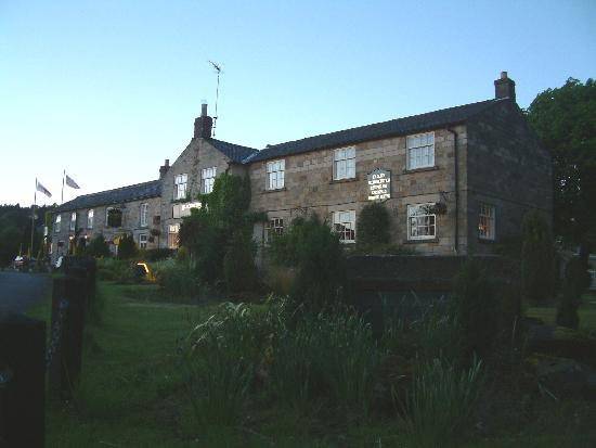 The Blacksmiths Hartoft: The Blacksmiths Country Inn at dusk