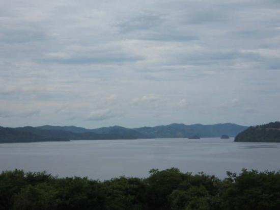Allegro Papagayo: Bay view on cloudy day