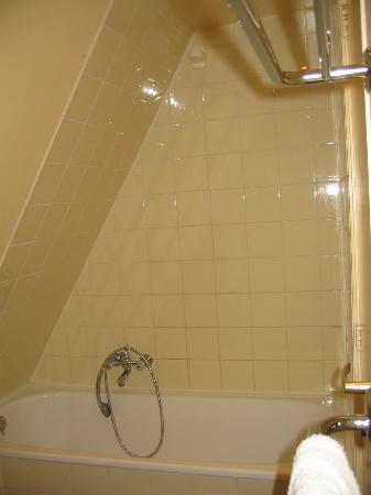 Maes B & B: shower