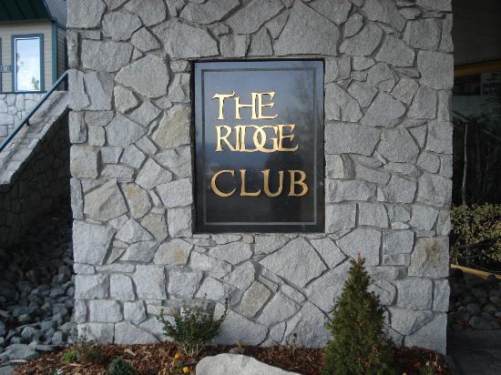 Ridge Pointe Tahoe: The Ridge Clubhouse