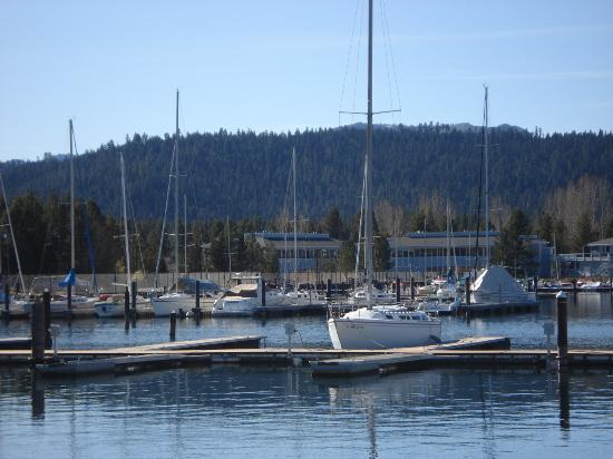 Ridge Pointe Tahoe: Tour of Lake Tahoe Marina in the Mountains