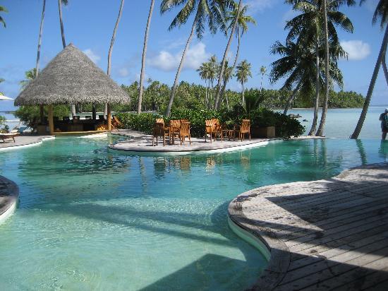Le Taha'a Island Resort & Spa: the pool