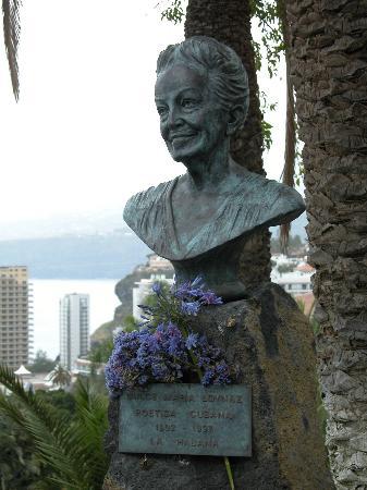 Parque Taoro: Dulce Maria Laynaz, eine Poetin