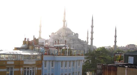 Cosmopolitan Park Hotel: Blue Mosque