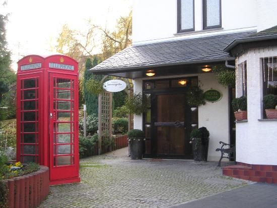 Hotel Restaurant Weinlaube: garden