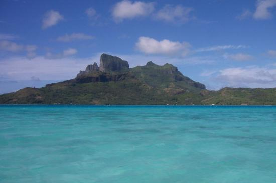 The St. Regis Bora Bora Resort: Mt Otemanu