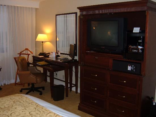 Miami Marriott Dadeland: Spacious Room