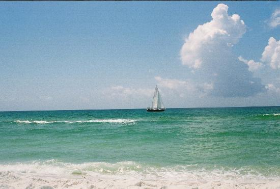 Pensacola Beach, FL: Sail boat passing by