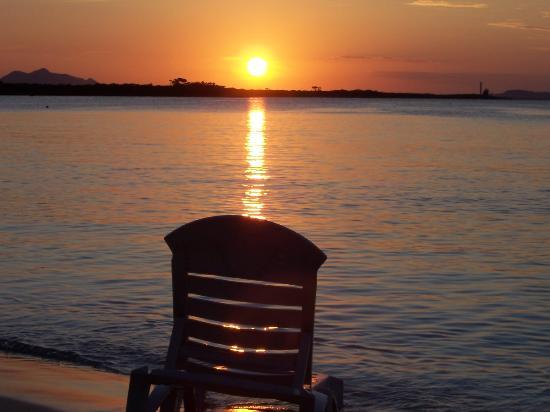 Rafael Freyre, Cuba: Sunset