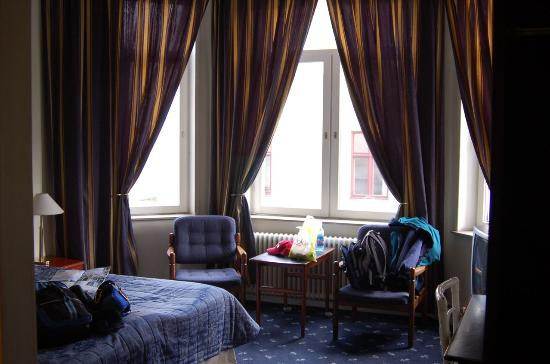 Astoria Hotel: A view of our room