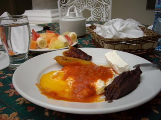 La Casa Grande: breakfast