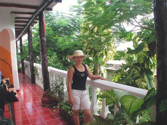 Paraiso Azul's -Casa De Gopala: The garden balcony with my lovely wife Florida