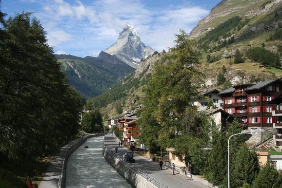 Церматт, Швейцария: River Running Through Zermatt