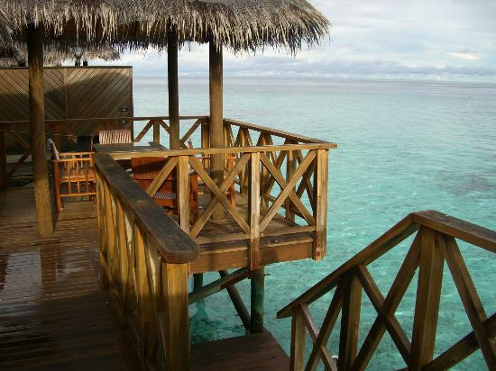 Fihalhohi Island Resort: water bungalow