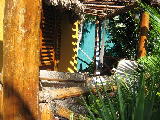Cocos Cabanas: Deck of one palapa