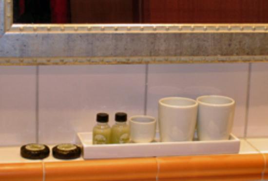 Ameron Hotel Königshof Bonn: Bathroom detail