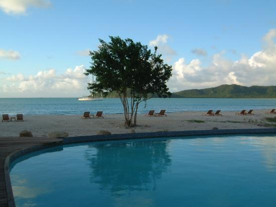 Saint Mary's, Antigua: Infinity pool