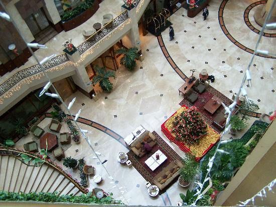Grand Tikal Futura Hotel: lobby from the 6th floor