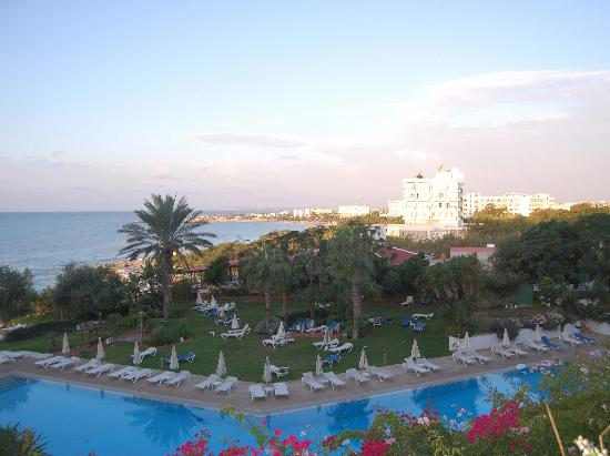 Grecian Sands Hotel: 1st Floor Room - Early Morning View