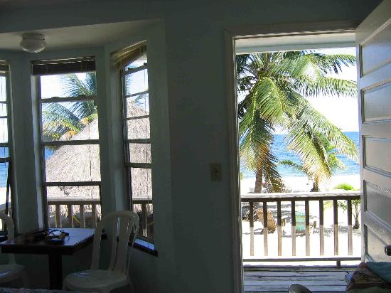 Westwind Hotel on the Beach: Room at Westwind, Placencia