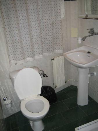 Hotel U Solne Brany: Aseo regular