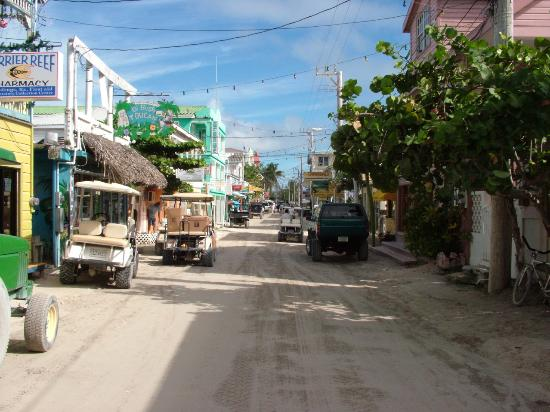 San Pedro, Belize: The same road in the other direction
