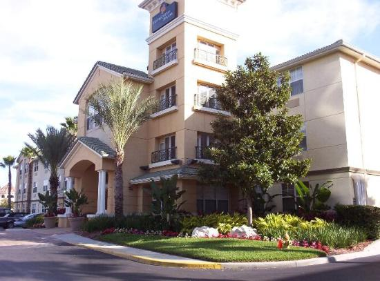 hotel front nice landscaping picture of extended stay. Black Bedroom Furniture Sets. Home Design Ideas