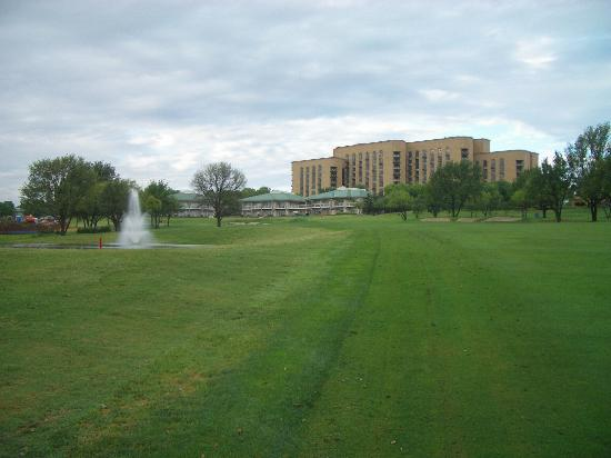 Four Seasons Resort and Club Dallas at Las Colinas: Villas from the 18th Fairway
