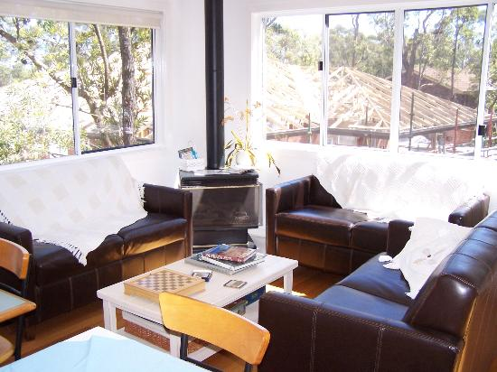 Nelson Bay Bed and Breakfast: Nice common area
