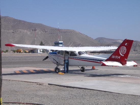 Lineas de Nazca: The aircraft