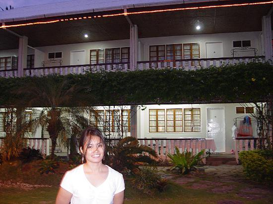 Paras Beach Resort Photo
