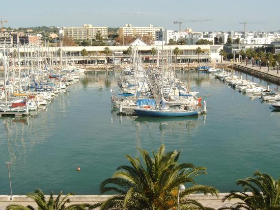 Hotel Marina Rio : View from 2nd. floor balcony.
