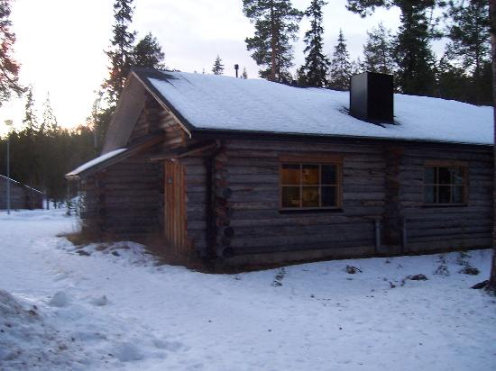 Pelkosenniemi, Finlandia: Typical log cabin