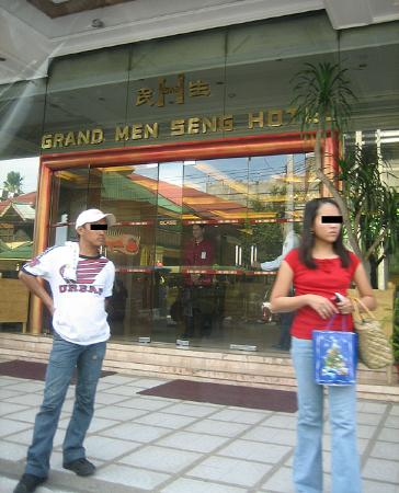 Grand Menseng Hotel: Outside