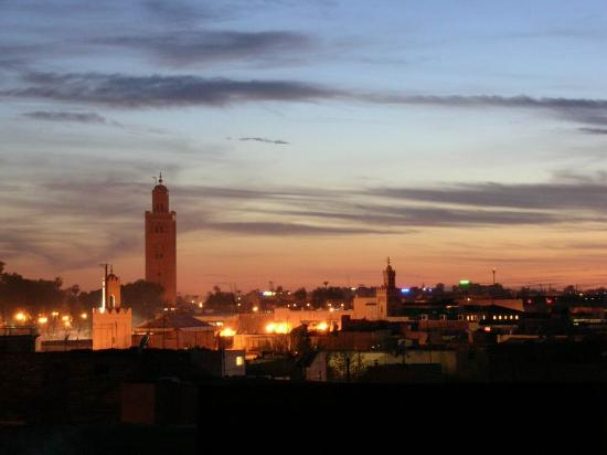 Ryad El Borj: The koutoubia from the terrace at the sunset.