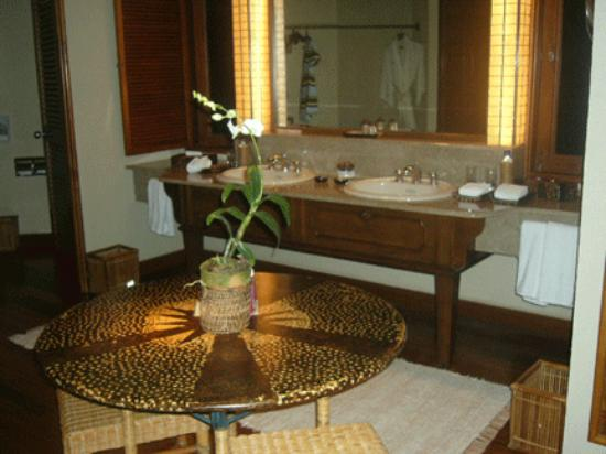 Toilet facilities in one of the four casitas in the Amanpulo West Villa