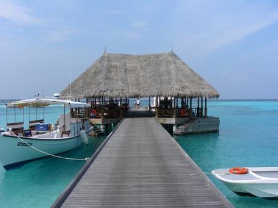 Four Seasons Resort Maldives at Kuda Huraa: The Jetty