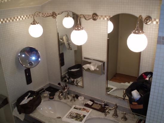 Saint James Paris : double vanity